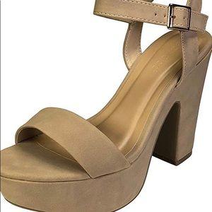 Super comfy chunky nude heels